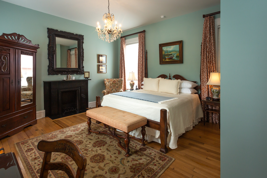 Guestroom at The Kehoe House in Savannah
