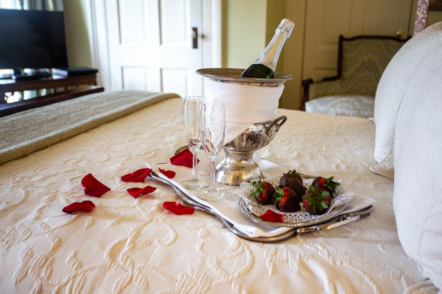 Romantic amenities at The Gastonian